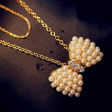 Sweet Bowknot Pendant Necklace