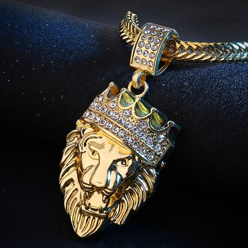 Collier tête de lion en or avec hip hop