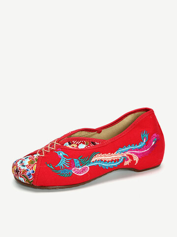 Ethnic Embroidered Flat Shoes