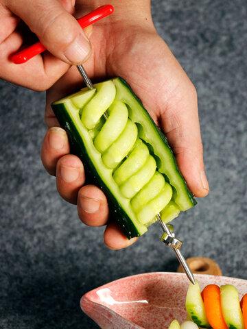 Accessori da cucina Acciaio inossidabile Rubino creativo Rotolo di frutta Verdura Cutter Spiral Twist Knife