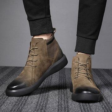 Tecido de couro retro dos homens que emenda botas ocasionais macias