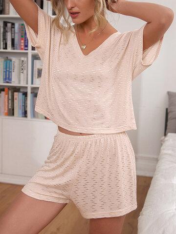 Пижамы с V-образным вырезом