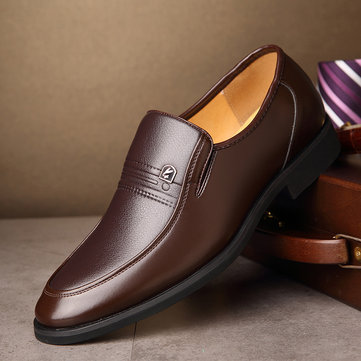 Men Classic Pure Color Slip On Formal Shoes