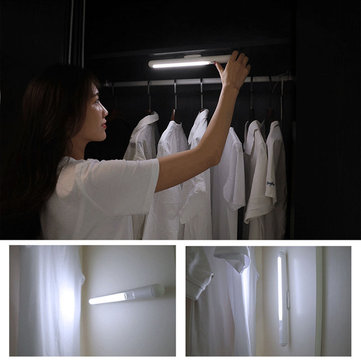 Magnetic Wall Charging Light