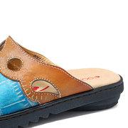 SOCOFY Handgemalte Retro-Muster Echtleder Spleißen Colorful Floral Soft Daily Sandalen