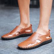 Sandales creuses respirantes en cuir à couture à la main à semelle souple pour homme