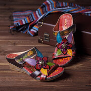 SOCOFY Bohemian Leather Adjustable Hook Loop Handmade Flowers Sandals