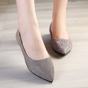 Big Size Pointed Toe Bling Shiny Flat Slip On Shoes For Women