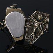 Taschenuhr mit Skelett