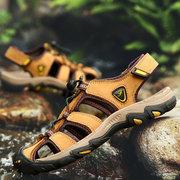 Les hommes en plein air anti-collision glissent Soft sandales en cuir de randonnée résistantes