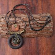 Halskette mit Fisch