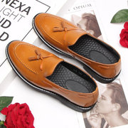 Men Non Slip Tassel Decoration Slip-ons Large Size Casual Leather Shoes