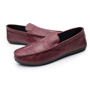 Männer Low Top Weiche Sohle Reine Farbe Slip On Casual Loafers