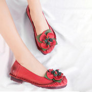 SOCOFY Casual Genuine Leather Slip On Handmade Flower Pattern Soft Flat Shoes