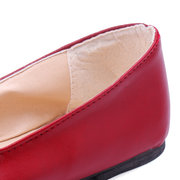Large Size Pointed Toe Hear-Shaped Flats