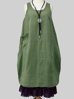 Vintage Solid Color Side Pocket Sleeveless Plus Size Dress