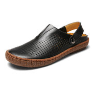 Men Breathable Hollow Out Genuine Leather Anti-collision Toe Beach Sandals