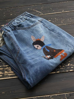 Vintage Embroidery Rabbit Girl Loose Cropped Pants