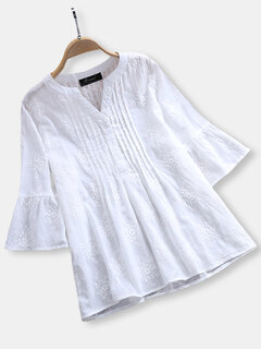 Women Embroidery Pleated Trumpet Sleeves Blouse