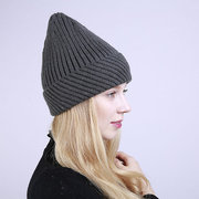 Womens Knitted Twist Curling Bucket Beanie Cap Soft Fashion Snow Hats Winter Warm Outdoor Caps