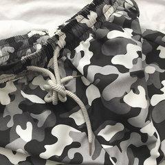 Mens Verão de secagem rápida Praia Shorts Colorful Impresso Loose Casual Board Shorts