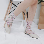 Women's Small Floral Lace Sock Summer Thin Breathable Middle Tube Socks