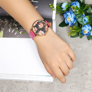 LVPAI Retro Women's Watch Vintage Flower Leather Watch for Gift