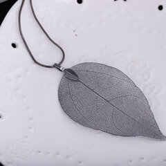 Natural Real Leaf Pendant Necklaces Bohemian Hollow Big Leaf Delicate Womens Long Necklaces