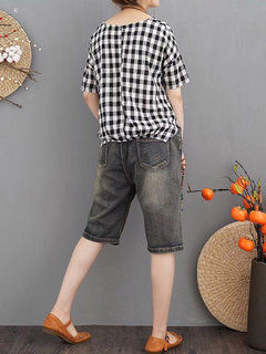 Embroidered Patch Casual Ripped Short Jeans For Women