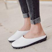أحذية جلدية لينة وحيد دافئ اصطف عارية الذراعين