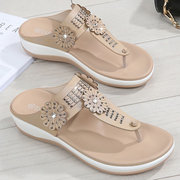 Women Comfy Flowers Rhinestone Clip Toe Platform Slippers