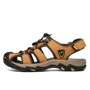 Men Outdoor Anti-collision Toe Slip Resistant Soft Hiking Leather Sandals