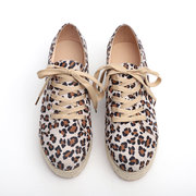 Женское Повседневные плоские туфли на платформе со шнуровкой леопарда