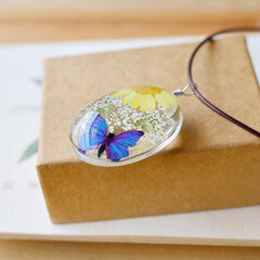Vintage Pendant Necklace Dried Flower Glass Transparent Wax Rope Necklace Ethnic Jewelry for Women