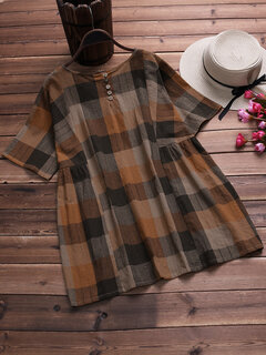 Plaid Short Sleeve Crew Neck PlusSize Blouse