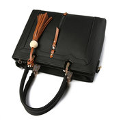 Femmes Tassel Faux Leather Leisure Handbags Sacs solides Crossbody