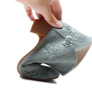 Women Old Peking Flowers Embroidery Cloth Chunky Heel Ankle Boots