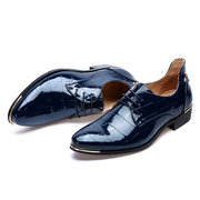 Large Size Men British Style Microfiber Leather Pointed Toe Rivet Formal Shoes