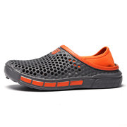 Uomo Hollow Out Hole Comodo Soft Slip Slip On Sandali per acqua casual