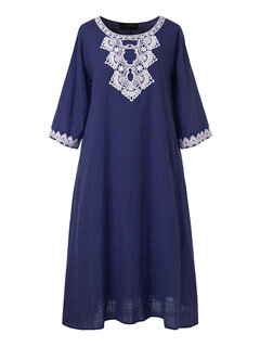 Embroidery Solid Color Patchwork Plus Size Dress