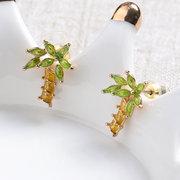 Simpatici orecchini a forma di albero di palma divertenti Orecchini a forma di anallergico anallergico placcato in oro 18 carati semplici