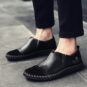 Zapatos casuales vintages de cosido a mano Mocasines suaves de cuero vacuno para hombres