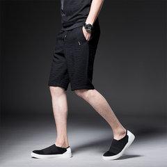 Les jeunes hommes trimestre Zipper Pocket section mince Cinq Pantalons Saison Pur Noir Section mince Pantalon Thong Shorts Homme
