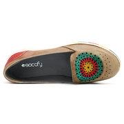 SOCOFY Casual couro artesanal escavar Soft deslizamento em sapatos baixos