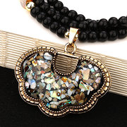 Fashion Colorful Flower Resin Pendant Necklaces Black Beads Chain Geometric Rhinestones Necklace