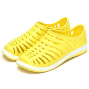 Large Size Hollow Out Breathable Beach Casual Shoes