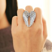 Punk Angel's Wings Ring Statement Full Rhinestone Ajustable Unique Anillos de Compromiso para Mujer