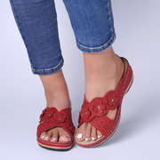 LOSTISY Flower Cross Peep Toe Hollow Out Casual Beach Sandals