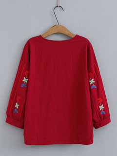 Vintage Embroidered Crew Neck Plus Size Blouse for Women