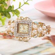 Trendy Pearl Diamond Bracelet Watch Handmade Gold Women Waist Watch Elegant Quartz Watch